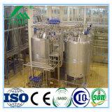 Latte che fa l'impianto di lavorazione del latte della macchina mungere la strumentazione della fabbrica