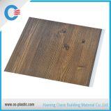 Los paneles de pared impermeables decorativos del PVC del garage de los paneles de techo para el interior