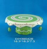 Basamento di ceramica dipinto a mano della torta per la decorazione di natale