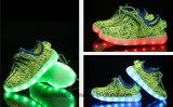 Chaussures occasionnelles respirables de sports de DEL pour des enfants