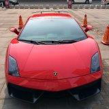 Nueva llegada 1.52 * 20m auto-adhesivo impermeable burbuja de aire libre metálico brillante coche envoltura vinilo PVC película auto adhesivo coche vinilo envoltura