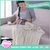 Crochet all'ingrosso che scalda la coperta acrilica dei bambini per i capretti