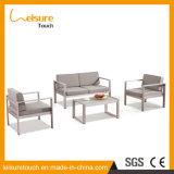يجعل في الصين خارجيّ فناء أثاث لازم [لوف ست] بلاستيكيّة خشبيّة طاولة وكرسي تثبيت أريكة