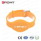 F08 Wristband ad alta frequenza del PVC del chip RFID per l'ammissione di attività