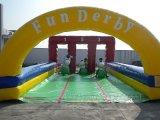 Het opblaasbare Ras van de Derby van 3 Steeg met de Hop van de Poney (B6032)