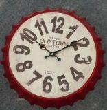 Reloj de pared antiguo del metal del diseño de la cápsula para el arte casero