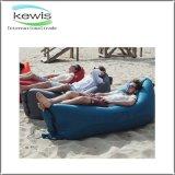 浜袋の膨脹可能なソファーの空気スリープの状態である不精な袋