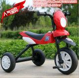 Einfacher Art-Plastik und Metallkind-Dreirad