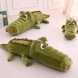 Le Crocodile en peluche de conception OEM pour mentir oreiller moelleux