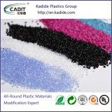 射出成形のガラス繊維PBT/GF Masterbatchが付いているプラスチック微粒