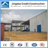 Oficina longa da construção de aço da extensão
