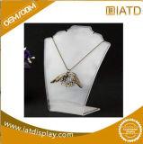 Sauter vers le haut l'étalage portatif au détail en plastique de stand de collier de bijou d'exposition de bijou de Pegboard de boucle de mémoire de lunetterie de crémaillère acrylique de tuile