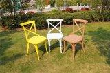 Cadeira Crossback plástico de resina