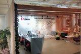 高品質のオフィスの会議の席か会合の机() Mt033