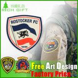 カスタムズボンのためのロゴによって刺繍されるパッチのバッジかジーンズまたはジャケット