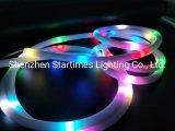 アドレス指定可能なケイ素5年の保証ピクセル360度の適用範囲が広いネオンLEDの滑走路端燈ロープのクリスマスの装飾LEDはクリスマスの照明LEDの照明をつける