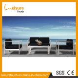 Sezionale a forma di L di alluminio anodizzato angolo moderno del salone con la mobilia esterna del sofà del giardino del tavolino da salotto
