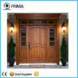 Portas de madeira de entrada principal com moldura de madeira para apartamento