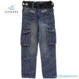 Casella multipla e jeans comodi del denim dei ragazzi dai jeans della mosca