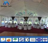 Tienda de campaña por parte de la boda banquete de bodas
