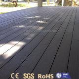 Tarjeta compuesta de madera al aire libre de los colores opcionales modernos WPC para el suelo