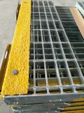 Tec-Sieve T6 Grating Stair Treads with Yellow Abrasive Nosings