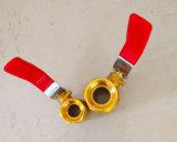 Vávula de bola de cobre amarillo portuaria llena de la cuerda de rosca del NPT