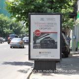 Реклама на щитах прокрутки из алюминия для использования вне помещений шоссе урон светодиодный индикатор Mupi заслонки .
