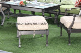 快適なテラスの鋳造アルミのオットマンの家具