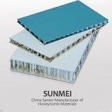 Le toit de l'aluminium Honeycomb Alucobondpanel Sandwich Prix de base pour la Décoration de mur extérieur de l'utilisation