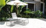 Открытые садовые стулья с кадры из нержавеющей стали