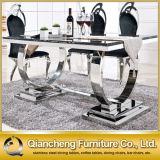 Grosse Größen-Marmorspeisetisch und Stühle