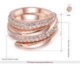 Het merk nam de Gouden Verlovingsringen van de Vinger van de Kleur voor Huwelijk toe
