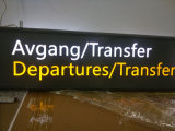 Binnen OpenluchtMetro van de Luchthaven Metro Opgeschorte Pylon Signage van de Folder Wayfinding