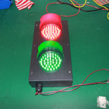 カスタマイズされた100mmの赤い緑の冷間圧延された版の交通信号ライト