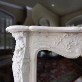 Estilo francês lareira em mármore branco com notas florais de Mantel esculturas T-6899