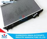 水漕の効率的な冷却のマツダのアルミニウム自動ラジエーターProtege'90-94 323bg