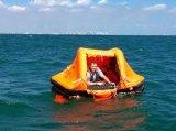 Jangada de vida inflável ao ar livre