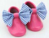 Calçado de criança Novo Design exclusivo macio couro Calçado de Bebé calçado para crianças