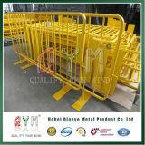 Баррикада движения дороги барьеров безопасности дороги металла