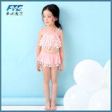 까만 새로운 소녀 또는 귀여운 분홍색 아기 비키니는 Belt+Skirt를 문상한다