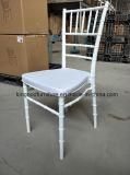 بالجملة مصنع حادث رخيصة يتعشّى خارجيّ أثاث لازم بلاستيك كرسي تثبيت
