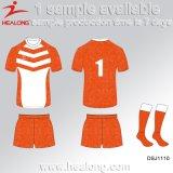 Healong Cina schiocca in su mette in mostra l'attrezzo che dei vestiti il rugby di numero degli uomini differenti di sublimazione porta