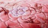 浮彫りにされた2つの層厚く柔らかいアクリルのRaschelのミンク毛布
