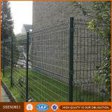 El PVC cubrió los paneles soldados galvanizados de la cerca del acoplamiento de alambre
