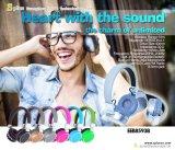 Auriculares sem fio estereofónicos novos da amostra livre do projeto da fábrica