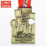 Barato Metal Personalizado Wushu Antique Gold Race Sport Prêmio Medalha guilhotina