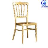 中国の工場直売の耐久の金属のChiavariの椅子