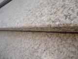 中国G682の花こう岩のタイルの平板の黄色の花こう岩の縁石