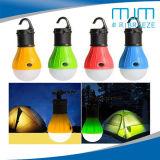 2018Hot Sale 3lampe LED de la forme d'ampoule colorée lanterne de Camping avec la batterie